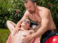 Spankings with Daddy Icon Male