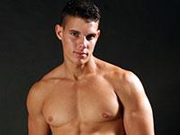Nude Training Lucas Kazan