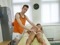 Dom Rubs Thomas Gay Massage Table