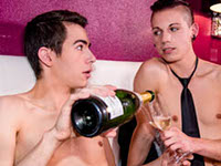 Champagne Romance French Twinks