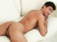 Isaac Jackson Bel Ami Online