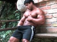Brutus di Fino at Muscle Hunks