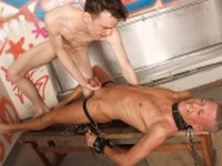 Hung Sean Has a Twink to Own 1 Boynapped