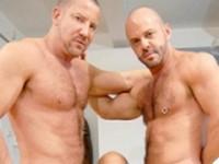 Hunk Threesome World of Men