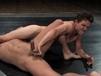 Derrek vs Lee Naked Kombat